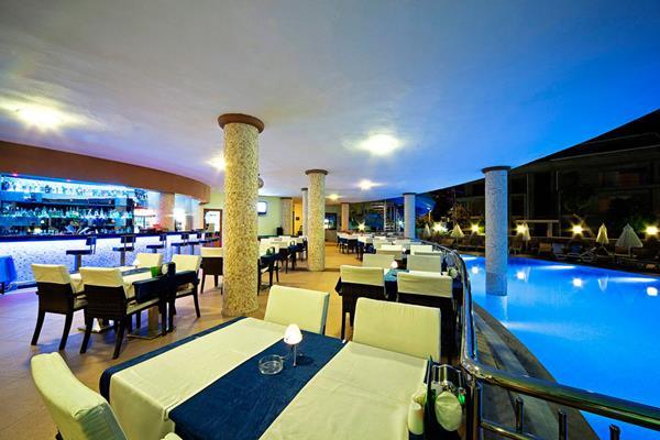https://aventur.ro/assets/media/imagini_hoteluri/MALABE/MALABE-HotelPict4-16082.jpg