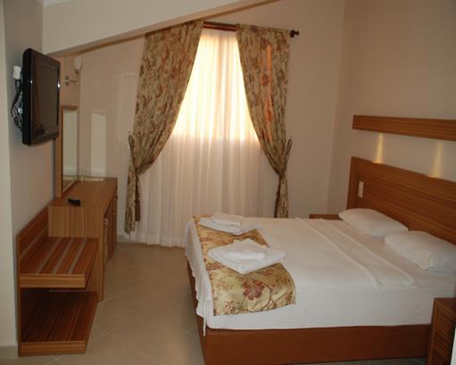 https://aventur.ro/assets/media/imagini_hoteluri/MALABE/MALABE-HotelPict9-16087.jpg