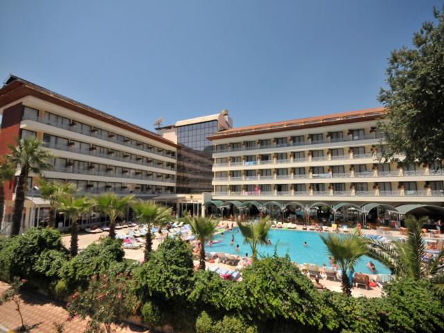 https://aventur.ro/assets/media/imagini_hoteluri/MALETO/MALETO-HotelPict1-3552.jpg