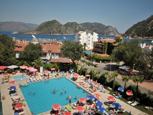 https://aventur.ro/assets/media/imagini_hoteluri/MALETO/MALETO-HotelPict2-3553.jpg