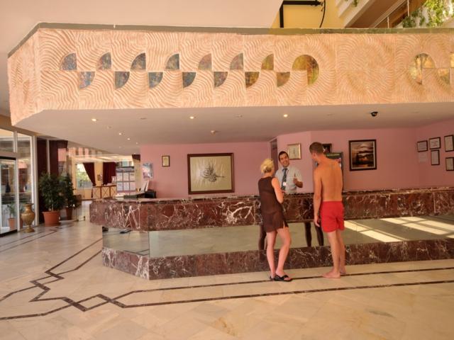 https://aventur.ro/assets/media/imagini_hoteluri/MALETO/MALETO-HotelPict7-3559.jpg