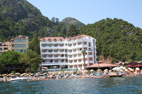 https://aventur.ro/assets/media/imagini_hoteluri/MAMARB/MAMARB-HotelPict1-19307.jpg