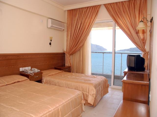 https://aventur.ro/assets/media/imagini_hoteluri/MAMARI/MAMARI-HotelPict4-3581.jpg