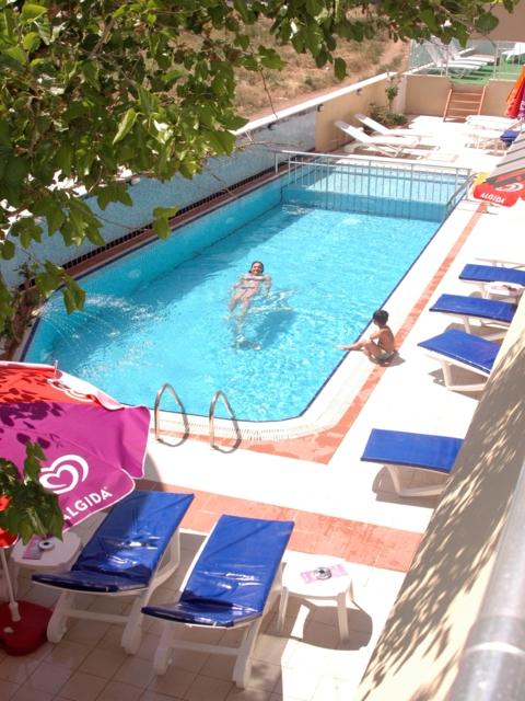 https://aventur.ro/assets/media/imagini_hoteluri/MAMARI/MAMARI-HotelPict6-3583.jpg