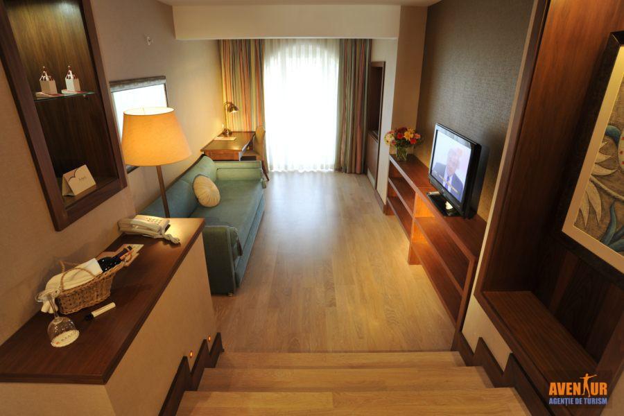 https://aventur.ro/assets/media/imagini_hoteluri/MAMART/Marmaris_Icmeler_Marti_Resort.JPG