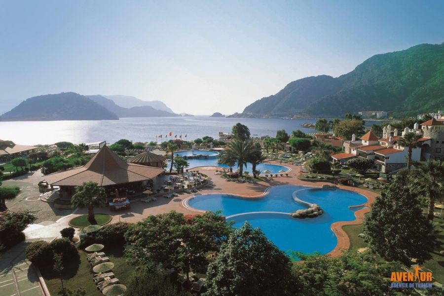 https://aventur.ro/assets/media/imagini_hoteluri/MAMART/Marmaris_Icmeler_Marti_Resort_1.jpg