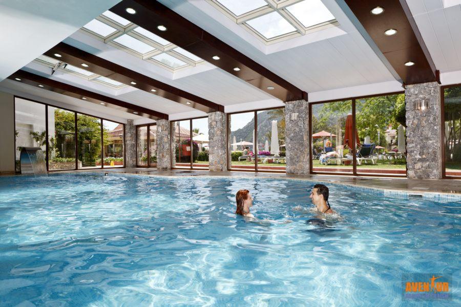 https://aventur.ro/assets/media/imagini_hoteluri/MAMART/Marmaris_Icmeler_Marti_Resort_11.jpg