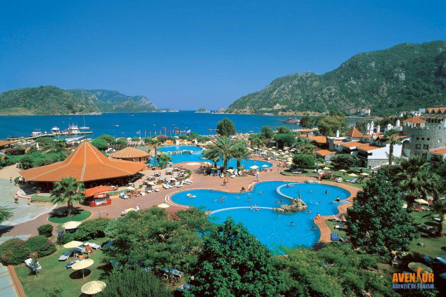 https://aventur.ro/assets/media/imagini_hoteluri/MAMART/Marmaris_Icmeler_Marti_Resort_9.jpg