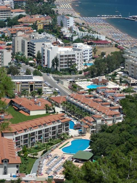 https://aventur.ro/assets/media/imagini_hoteluri/MAMIRA/MAMIRA-HotelPict1-3604.jpg
