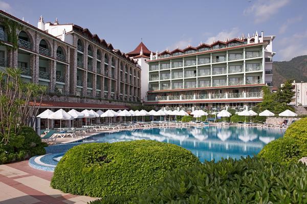 https://aventur.ro/assets/media/imagini_hoteluri/MAMPER/MAMPER-HotelPict1-13805.jpg