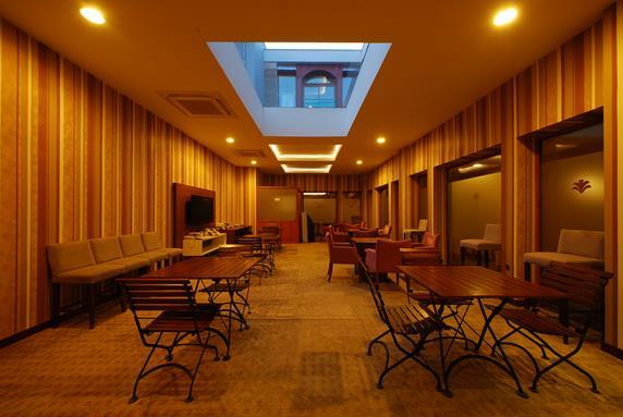 https://aventur.ro/assets/media/imagini_hoteluri/MAPASB/MAPASB-HotelPict2-18616.jpg