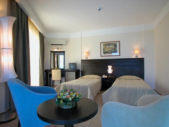 https://aventur.ro/assets/media/imagini_hoteluri/MAPEAR/MAPEAR-HotelPict4-19256.jpg