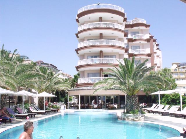 https://aventur.ro/assets/media/imagini_hoteluri/MAROMA/MAROMA-HotelPict1-7881.jpg