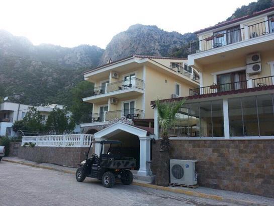 https://aventur.ro/assets/media/imagini_hoteluri/MASCAL/MASCAL-HotelPict1-15623.jpg