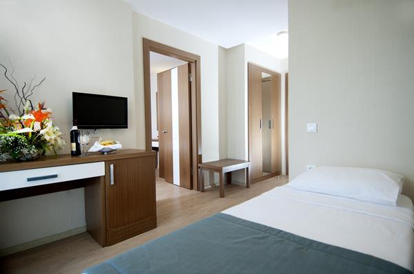 https://aventur.ro/assets/media/imagini_hoteluri/MASUPR/MASUPR-HotelPict4-14188.jpg