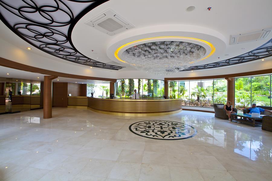 https://aventur.ro/assets/media/imagini_hoteluri/MATRNC/MATRNC-HotelPict25-21213.jpg