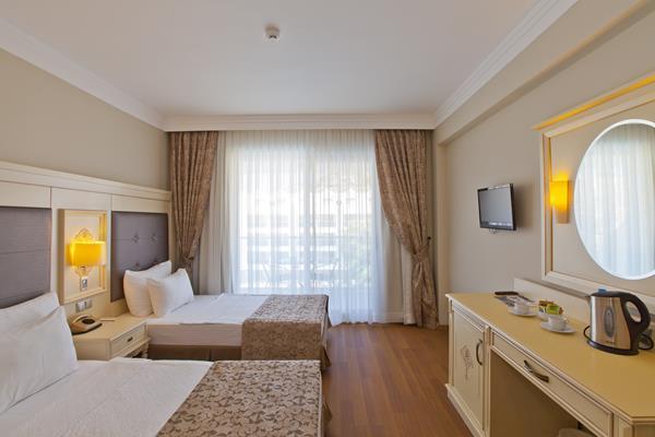https://aventur.ro/assets/media/imagini_hoteluri/MATRNC/MATRNC-HotelPict8-14220.jpg