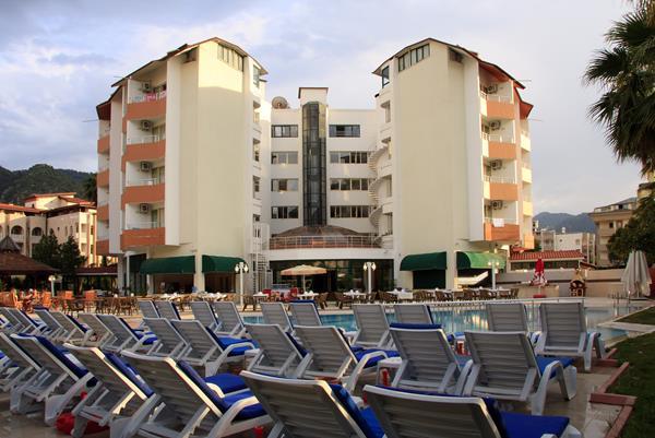 https://aventur.ro/assets/media/imagini_hoteluri/MAVERD/MAVERD-HotelPict8-14226.jpg