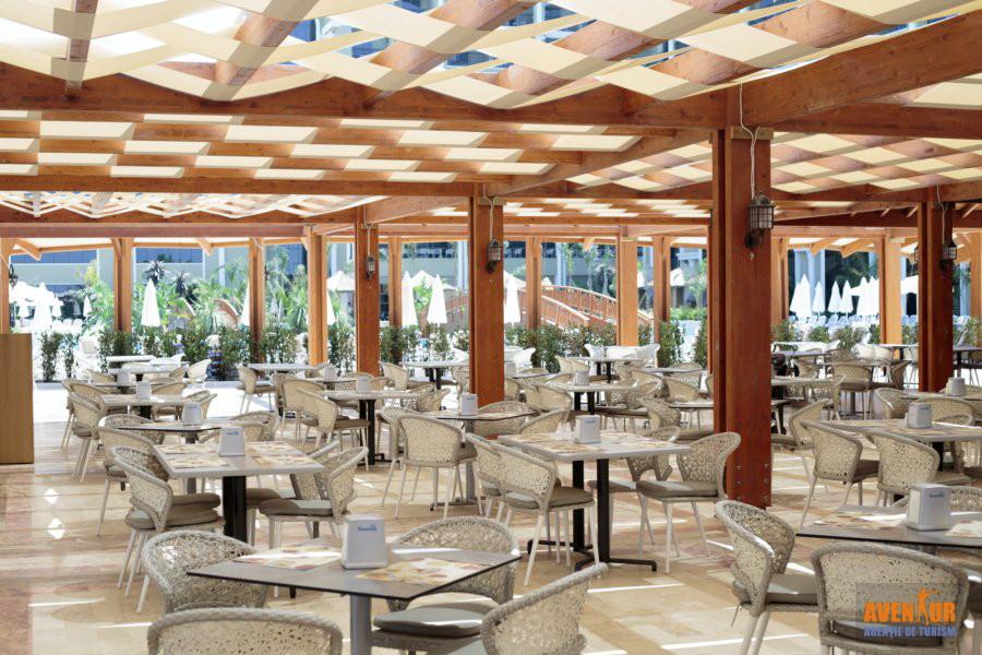 https://aventur.ro/assets/media/imagini_hoteluri/OZEFES/Ozdere_Sunis_Efes_Royal_Palace_10.jpg