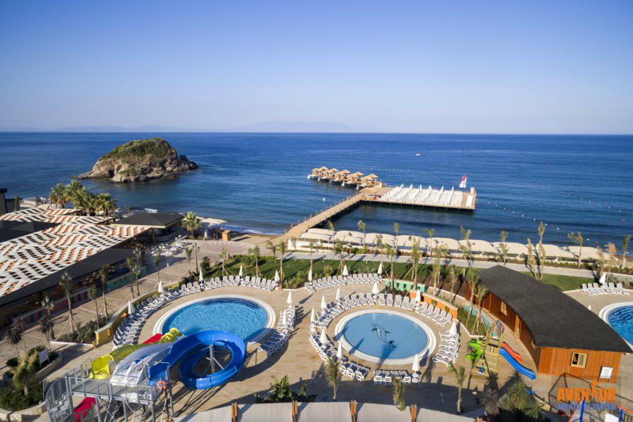 https://aventur.ro/assets/media/imagini_hoteluri/OZEFES/Ozdere_Sunis_Efes_Royal_Palace_22.jpg