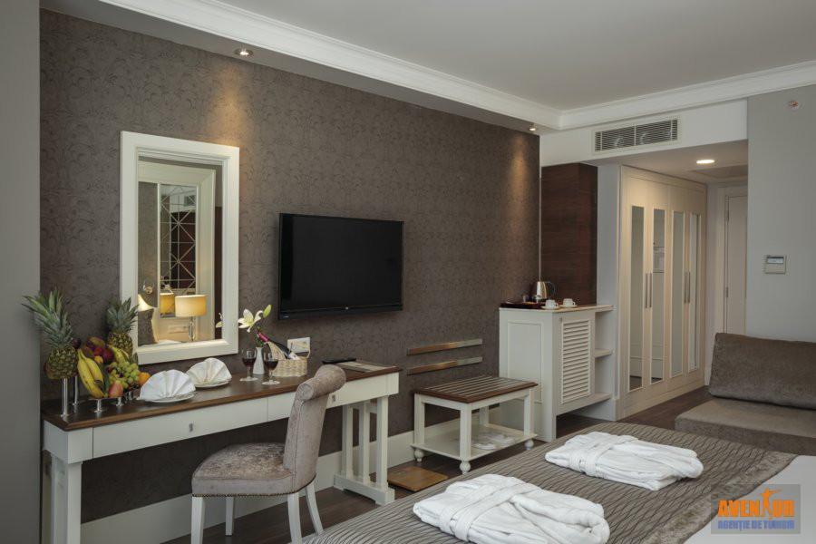 https://aventur.ro/assets/media/imagini_hoteluri/OZEFES/Ozdere_Sunis_Efes_Royal_Palace_25.jpg