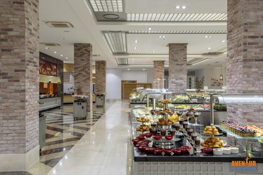 https://aventur.ro/assets/media/imagini_hoteluri/OZEFES/Ozdere_Sunis_Efes_Royal_Palace_9.jpg