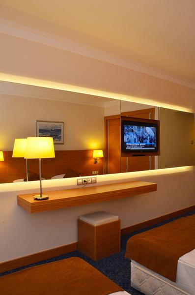 https://aventur.ro/assets/media/imagini_hoteluri/OZGRAN/OZGRAN-HotelPict9-21923.jpg