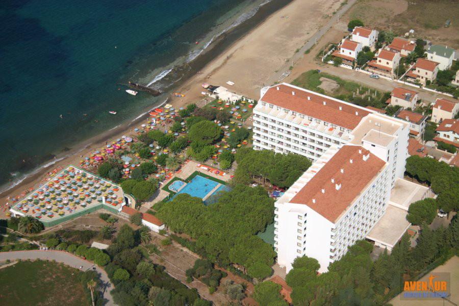 https://aventur.ro/assets/media/imagini_hoteluri/OZGRAN/Ozdere_Grand_Efe_Club_Hotel.JPG
