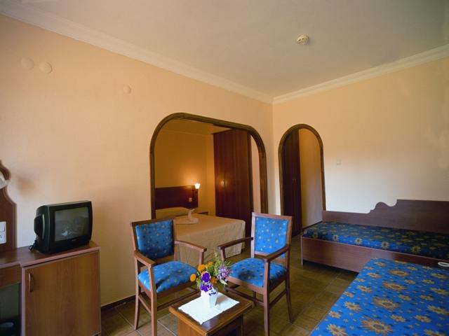 https://aventur.ro/assets/media/imagini_hoteluri/OZPARA/OZPARA-HotelPict3-6583.jpg
