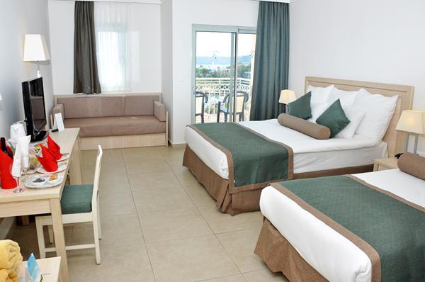 https://aventur.ro/assets/media/imagini_hoteluri/OZPSUL/OZPSUL-HotelPict5-13287.jpg