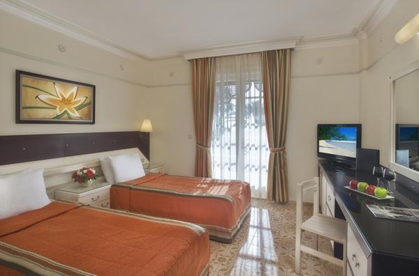 https://aventur.ro/assets/media/imagini_hoteluri/SDALM/SDALM-HotelPict3-15512.jpg