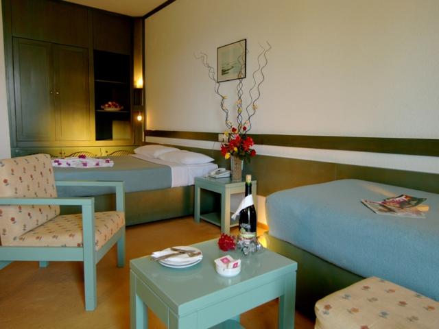 https://aventur.ro/assets/media/imagini_hoteluri/SDBACE/SDBACE-HotelPict4-5202.jpg