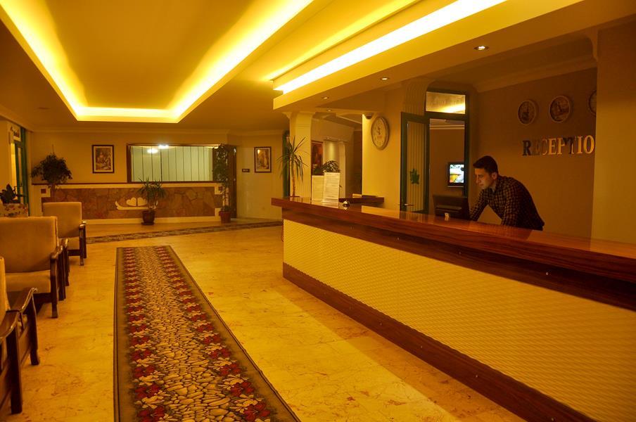 https://aventur.ro/assets/media/imagini_hoteluri/SDCFM/SDCFM-HotelPict9-21054.jpg