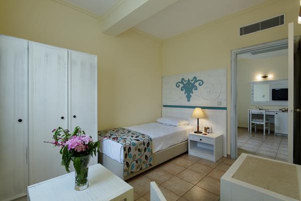 https://aventur.ro/assets/media/imagini_hoteluri/SDEUPA/SDEUPA-HotelPict21-15264.jpg