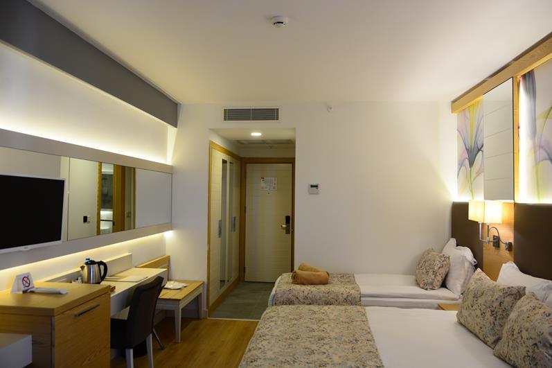 https://aventur.ro/assets/media/imagini_hoteluri/SDGLAM/SDGLAM-HotelPict9-22065.jpg