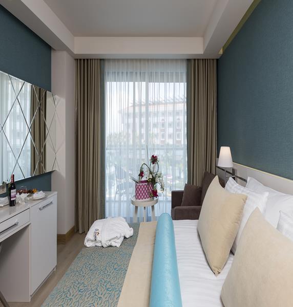 https://aventur.ro/assets/media/imagini_hoteluri/SDLAGR/SDLAGR-HotelPict6-17289.jpg