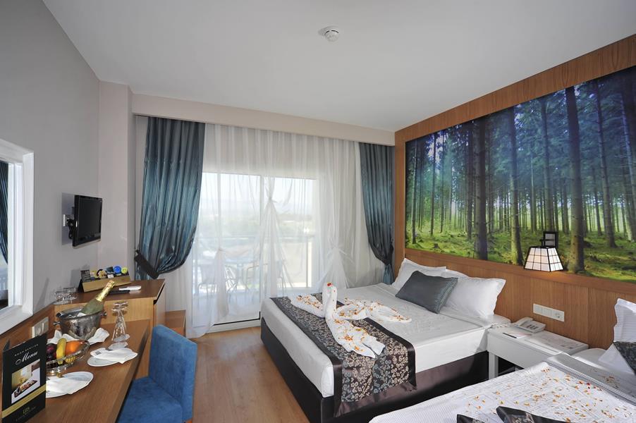 https://aventur.ro/assets/media/imagini_hoteluri/SDLAKE/SDLAKE-HotelPict5-21021.jpg