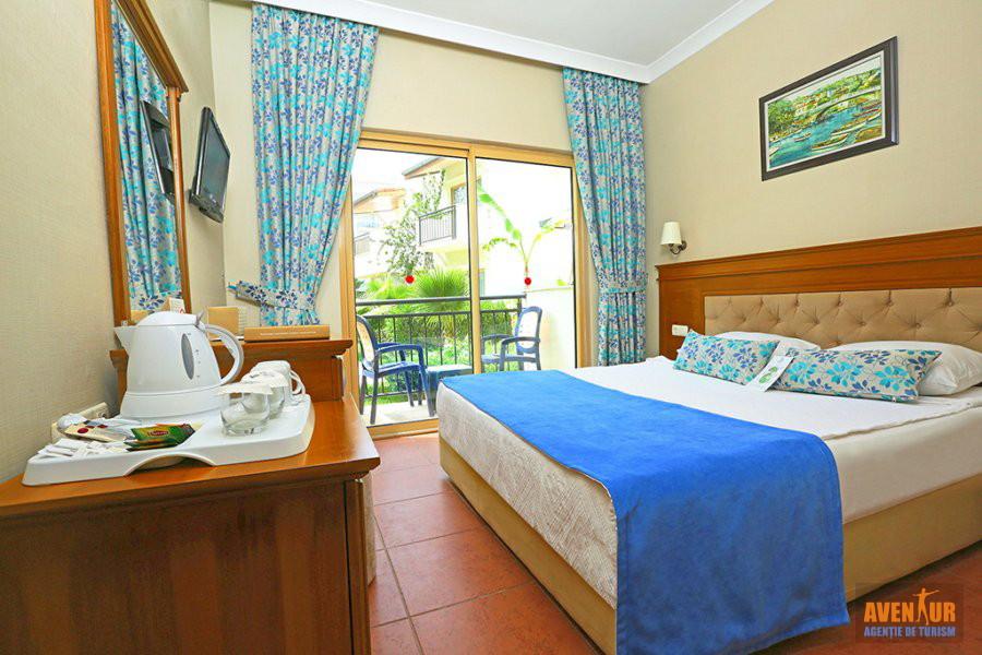 https://aventur.ro/assets/media/imagini_hoteluri/SDLYRA/Side_Lyra_Resort_Hotel_4.jpg
