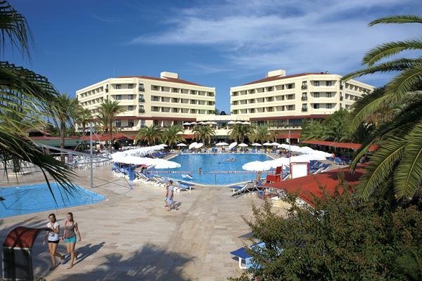 https://aventur.ro/assets/media/imagini_hoteluri/SDMIRA/SDMIRA-HotelPict1-16072.jpg