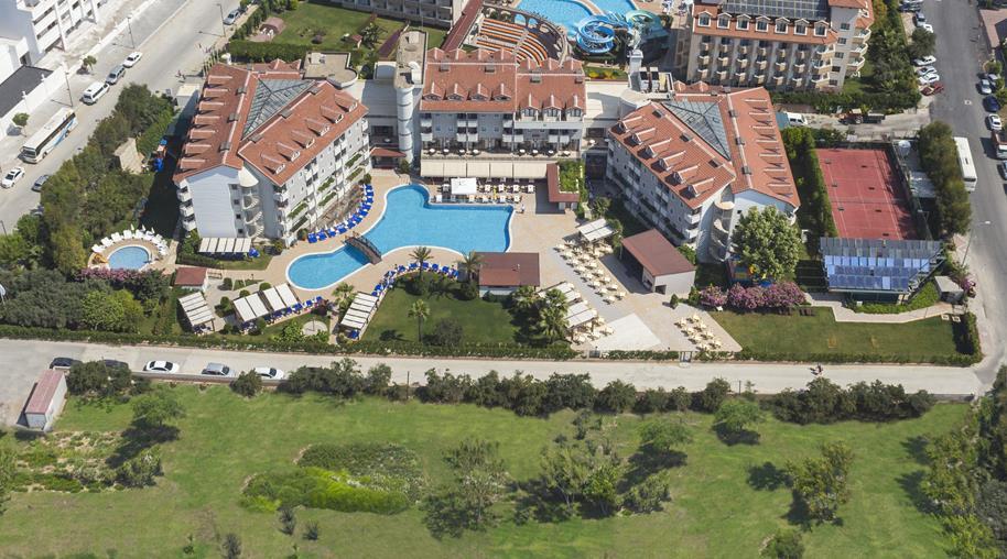 https://aventur.ro/assets/media/imagini_hoteluri/SDMONC/SDMONC-HotelPict1-21882.jpg