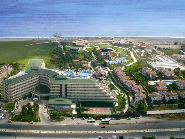 https://aventur.ro/assets/media/imagini_hoteluri/SDPEMA/SDPEMA-HotelPict1-5711.jpg
