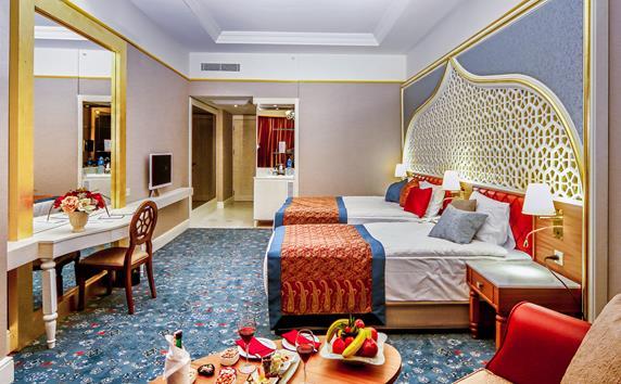 https://aventur.ro/assets/media/imagini_hoteluri/SDROTM/SDROTM-HotelPict10-18935.jpg