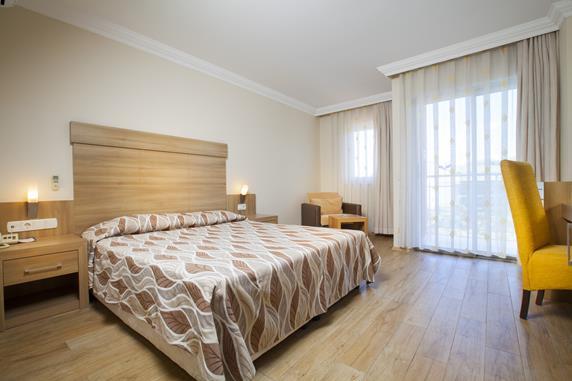 https://aventur.ro/assets/media/imagini_hoteluri/SDSICO/SDSICO-HotelPict5-18988.jpg