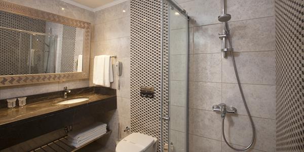 https://aventur.ro/assets/media/imagini_hoteluri/SDSPRE/SDSPRE-HotelPict8-16048.jpg