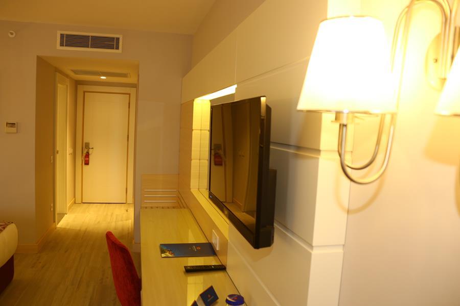 https://aventur.ro/assets/media/imagini_hoteluri/SDSUNM/SDSUNM-HotelPict9-20985.jpg